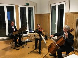 Das Trio Espressivo begleitet durch den Abend