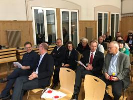 Bürgermeister Bernhard Kisch im angeregtem Gespräch mit MdB Uwe Kekeritz