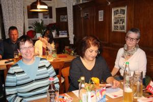 (von links) Die Stadtratskandidatinnen Claudia Dentzer, Atiye Toptas und Petra Negendank