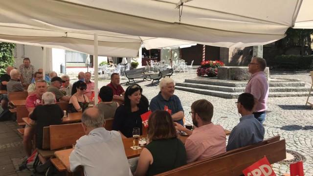 Weißwurstfrühstück der SPD beim Döbler, Foto: Matthias Oberth